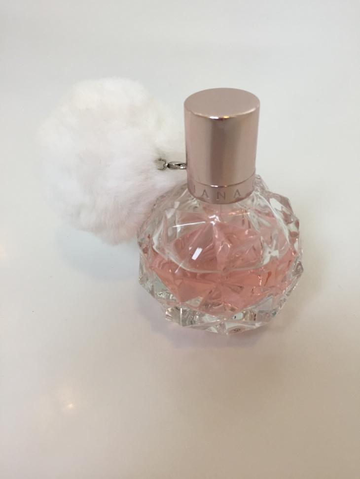 Ariana Grande Ari perfume